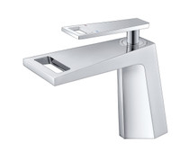 Royal Cube Single Handle Lavatory Faucet in Chrome