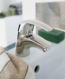 Grohe Eurosmart 1.2 GPM Smooth Body Single Hole Bathroom Faucet with SilkMove Technology - Less Drain Assembly