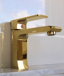 Goldie Single Handle Lavatory Faucet in Polished Gold