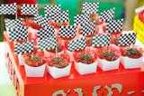 Ready Box Truffle or Brigadeiro Holder. Forminhas para doces.