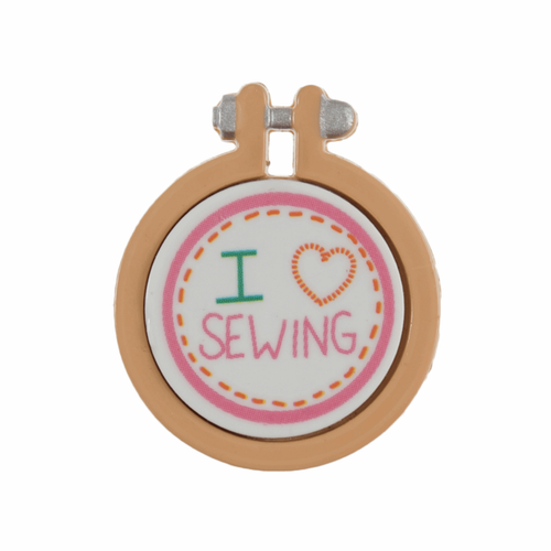 "Magnetic Needle Minder ""I Love Sewing"" Mini Embroidery Hoop"