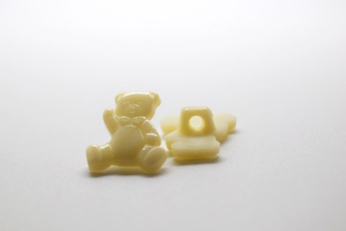 Cream Teddy Shank Button - 15mm - sold individual