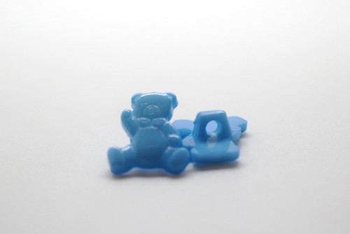 Blue Teddy Shank Button - 15mm - sold individual