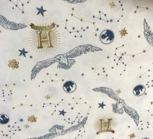 Harry Potter Hogwarts Hedwig on Cream 100% Cotton Fabric, 140cm/55in wide, Sold Per HALF Metre