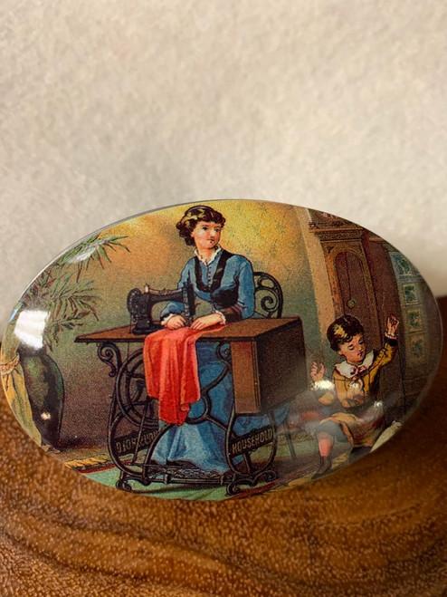 Vintage Tin - Sewing