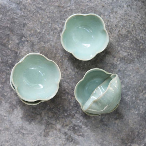 Scalloped Green Dipping Bowl