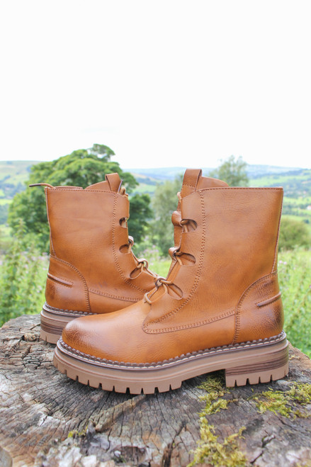 The Tokyo Lace Up Boots | Tan
