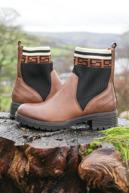 Tokyo Boots in Tan