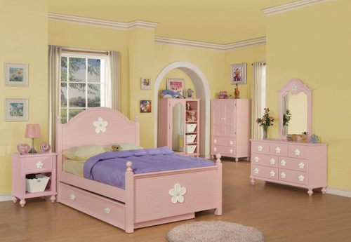 • Box Spring Required • Panel Bed: Arched HB/FB • Oval Rope Molding with floral motif decals • Flora Collection: Poster & Panel Beds, Optional Trundle sold Separately