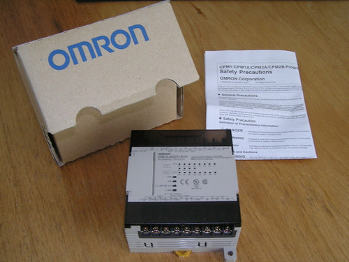 NEW - OMRON CPM1A-20CDT1-D-V1 PLC 12 inputs 8 outputs in original box