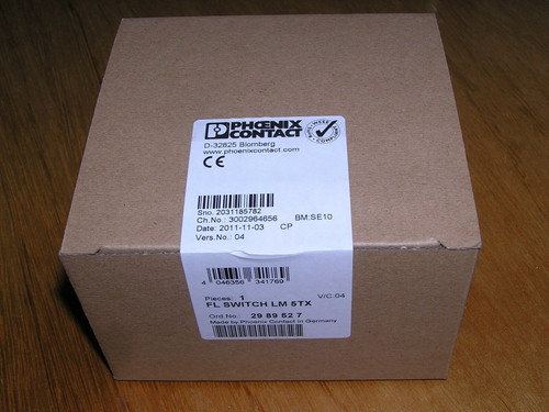 NEW - Phoenix Contact FL SWITCH LM 5TX 29 89 52 7 / 2989527 Factory Line sealed