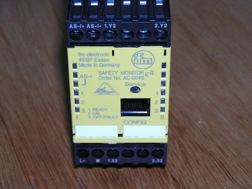 IFM AS-i Safety Monitor OSSD 2R SC4, AC004S, used, reset to factory default