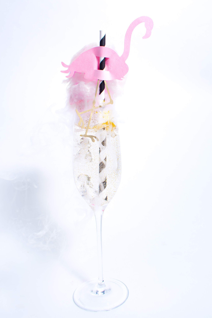 ROSE GOLD Sugaire Sparkling Cotton Candy Martini Infusion Kit  | 16oz Pint &  Martini Glass