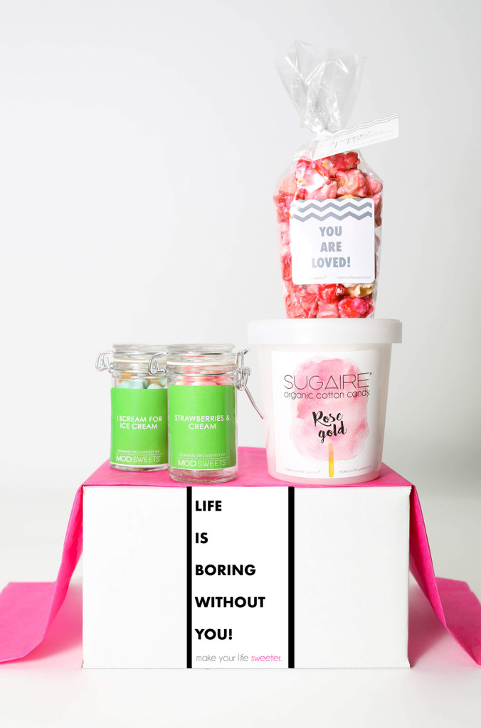 """Love You Gift  - """"LIFE IS BORING WITHOUT YOU"""" - 4 Sweet treats"""