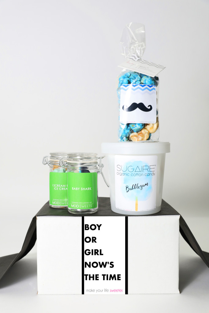 """Gender Reveal Gift - """"OPEN THE BOX AND SEE WHAT'S INSIDE"""" - 4 Sweet treats"""