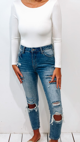 Distressed relaxed jeans