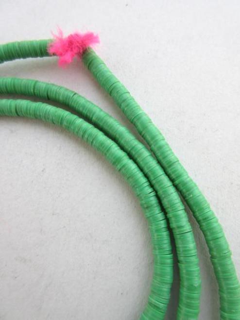 Green Vinyl Disk Beads (4x1mm)