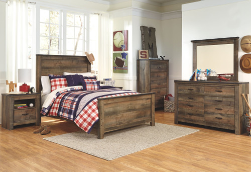 Trinell Brown 8 Pc. Dresser, Mirror, Chest, Full Panel Bed & 2 Nightstands