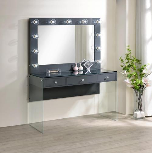 Vanity (935923)