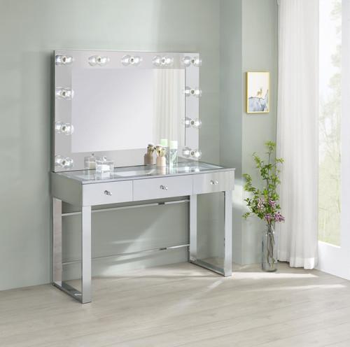 Vanity (935934)