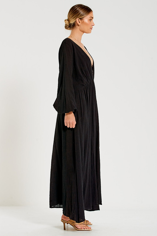 Backless Maxi Dress in Black