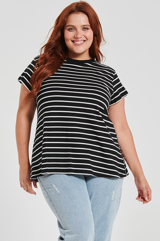 Classic Swing Tee in Black and White Stripe