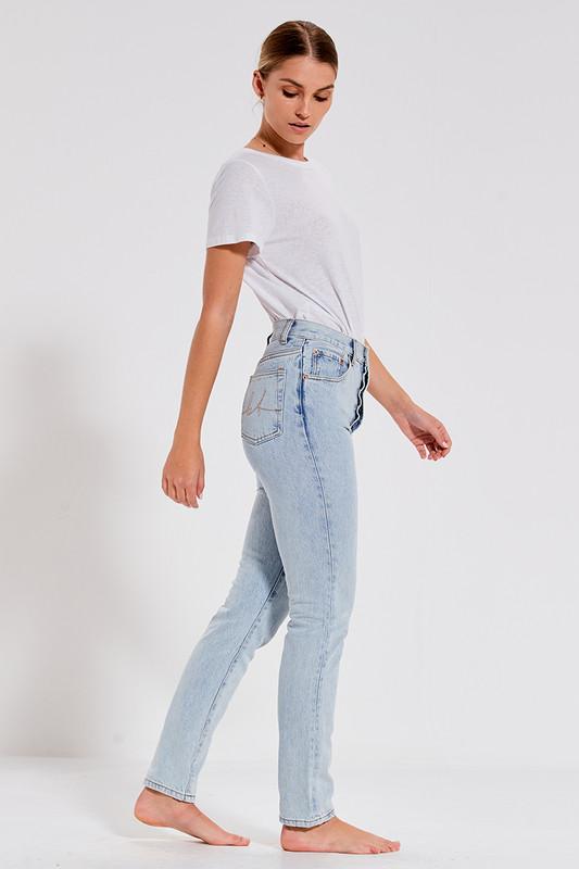 Slim Jean in Ice Blue