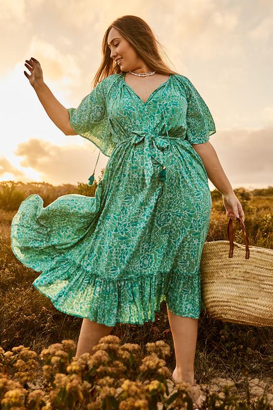 Raglan Flutter Sleeve Maxi Dress with Belt in Green Multi