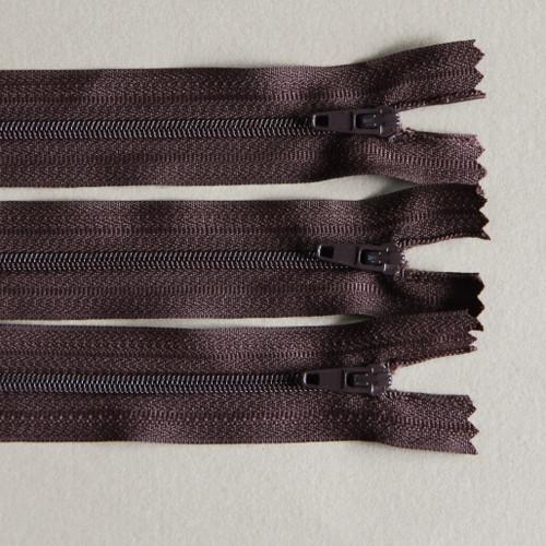 No 3 Dark Brown closed zip