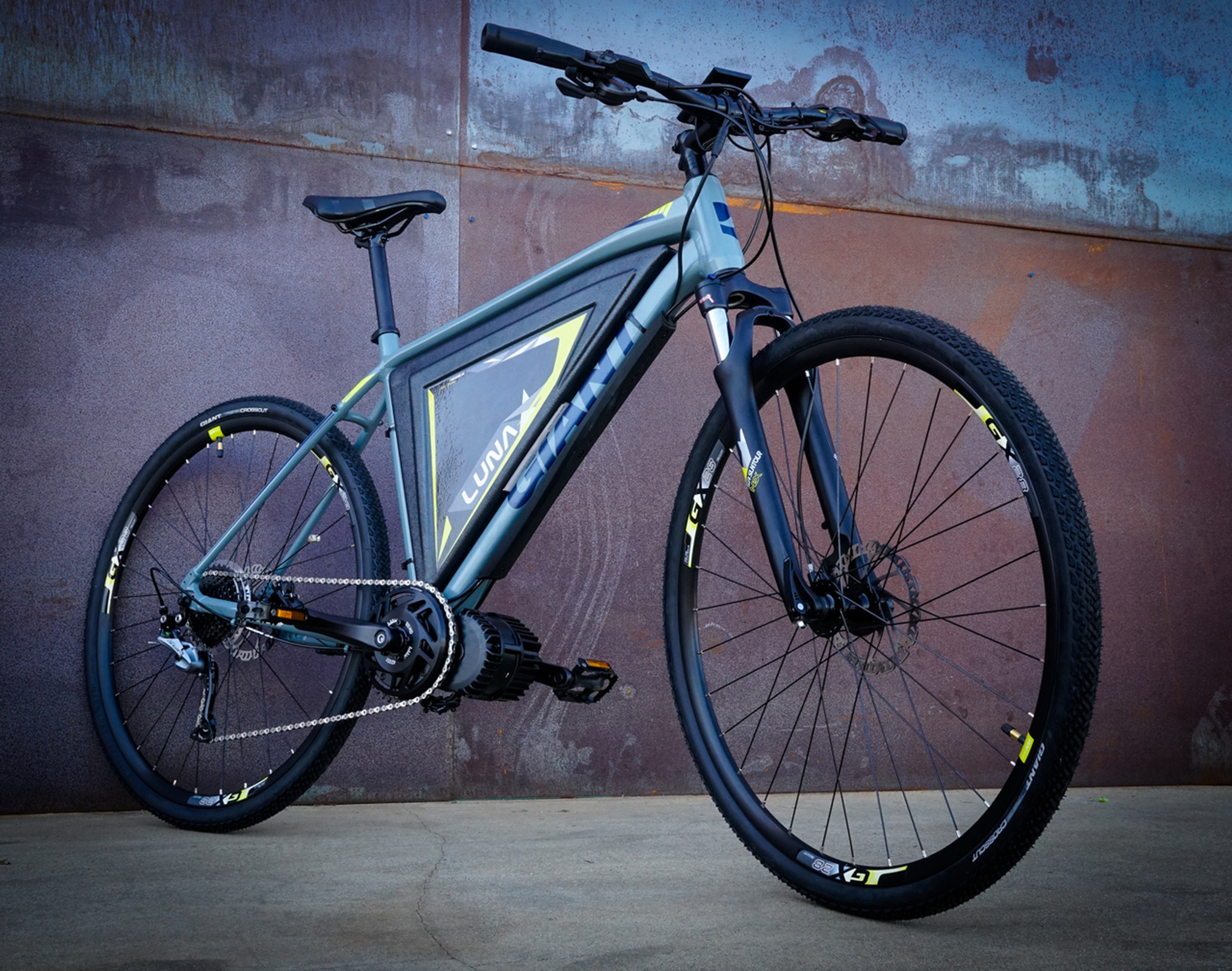 861fdb33a52 Roam Fusion - Luna Cycle