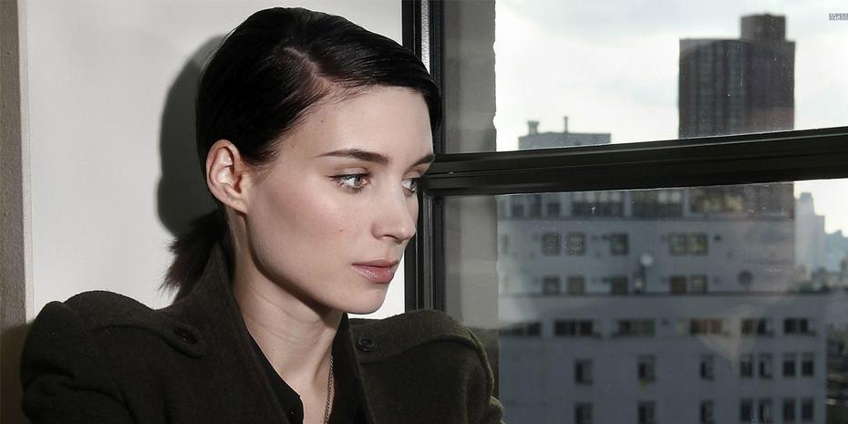 Rooney Mara's Sleek Look