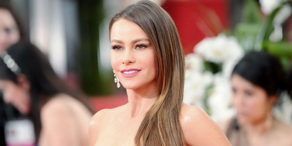 Sofia Vergara is Pretty in Pink at the 2012 SAG Awards