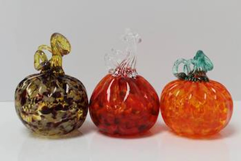 HOLIDAY HAND BLOWN GLASS PIECES