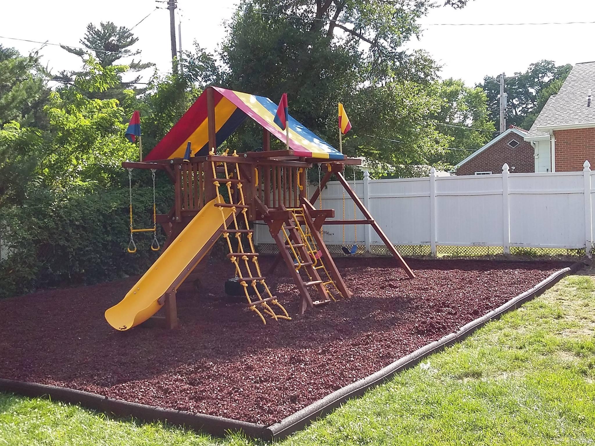castle-with-rubber-mulch-2.jpg