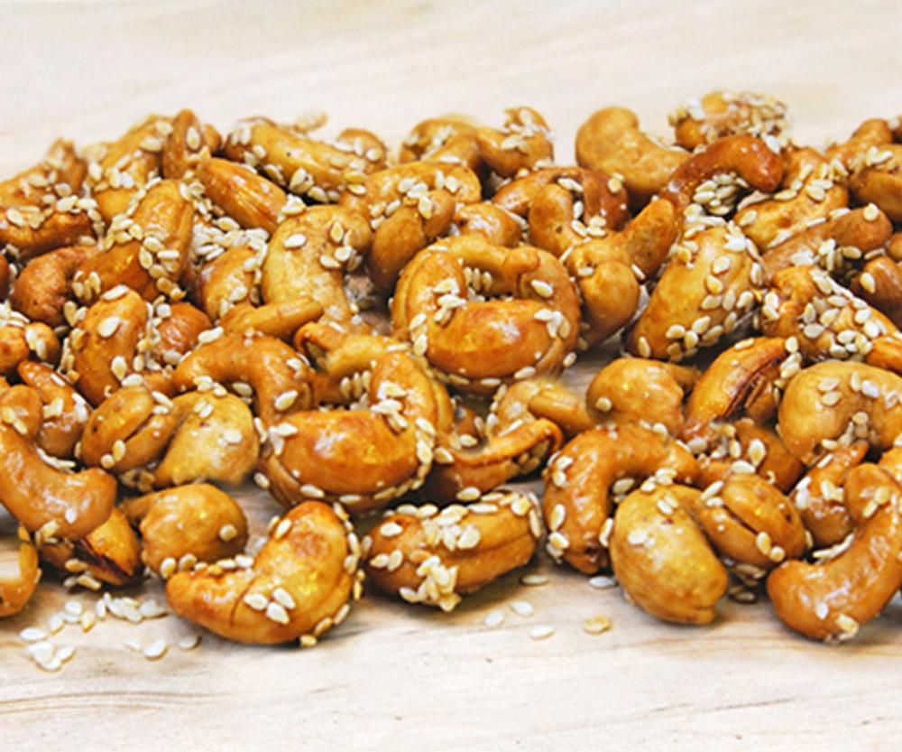 Special Burlap with 6 oz Honey Sesame Cashews