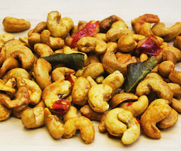 Bulk sweet and spicy roasted cashews nuts