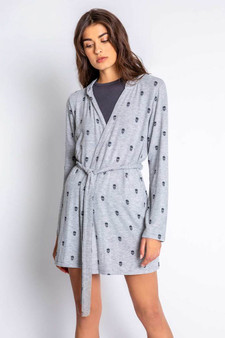 Minimalist Robe FW20