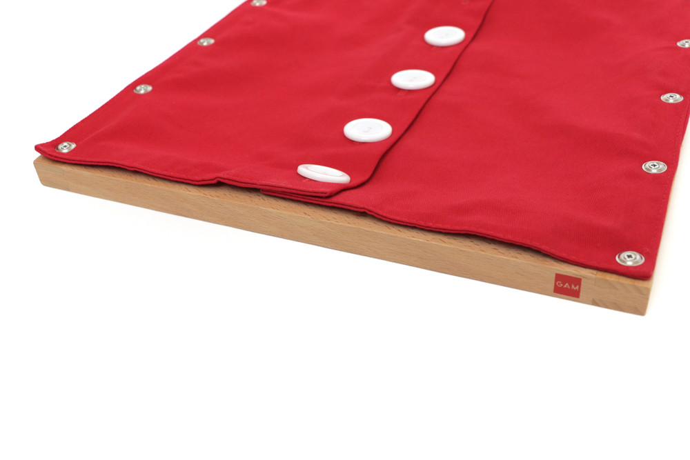 Buttoning Frame with Large Buttons by Gonzagarredi Montessori