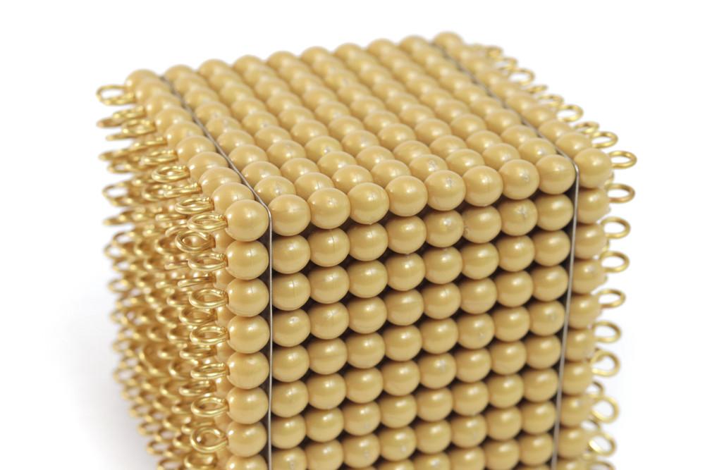 One Golden Bead Cube Of 1000: Individual Beads (Nylon) by Gonzagarredi Montessori