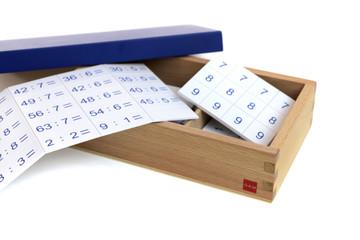 Division Equations and Dividends Box by Gonzagarredi Montessori