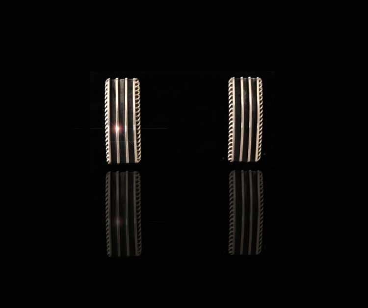 Haba Ribbed Sterling Silver Bar Earrings