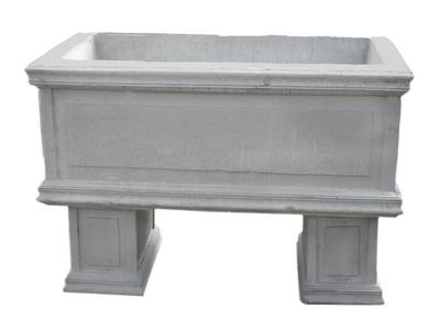 "34"" Extra Large Planter with Legs"