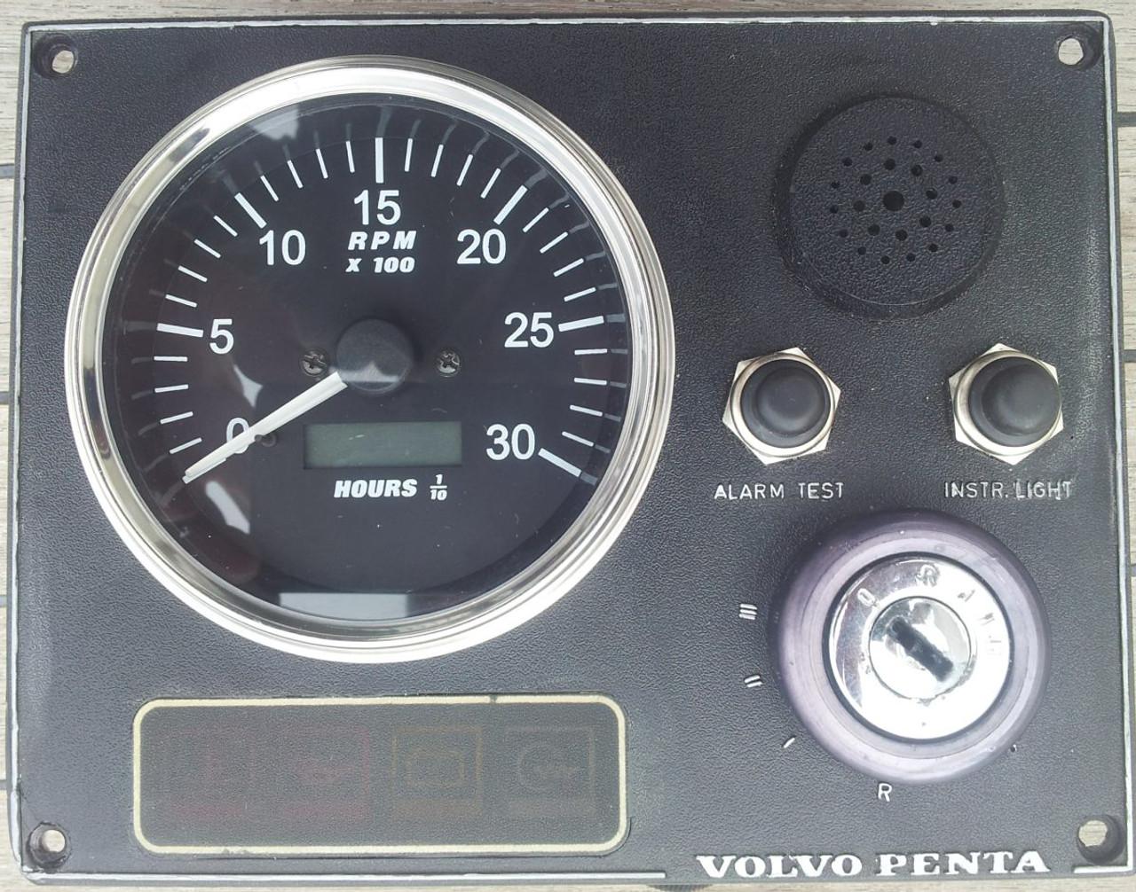 Tachometer//Hourmeter 0-4000 RPM Alternator Signal Gauge Black Bezel 24V