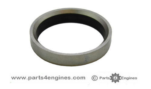 Perkins M25 Cylinder head exhaust valve insert, from parts4engines .com