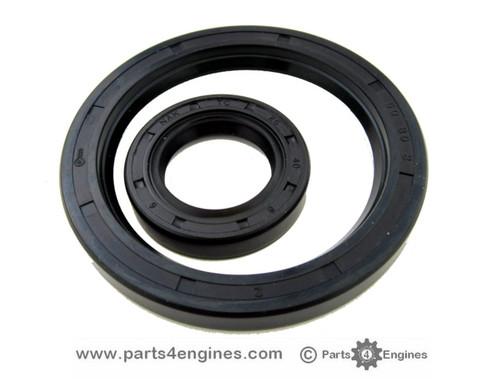 Yanmar 3GM10 Crankshaft oil seals, from parts4engines.com