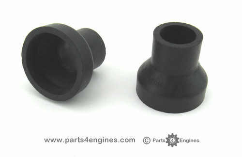 Perkins 4.99 Bowman Oil cooler end cover set from parts4engines.com