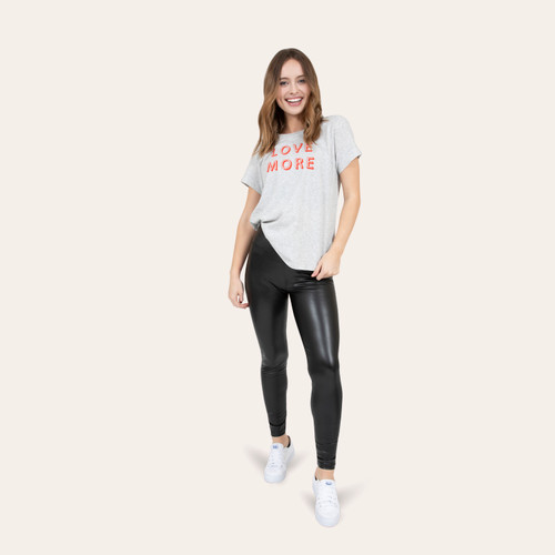 Women's leatherette leggings casual outfit