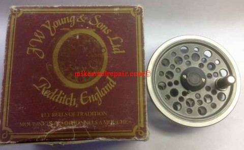 JW Young 1525 Fly Reel Spool