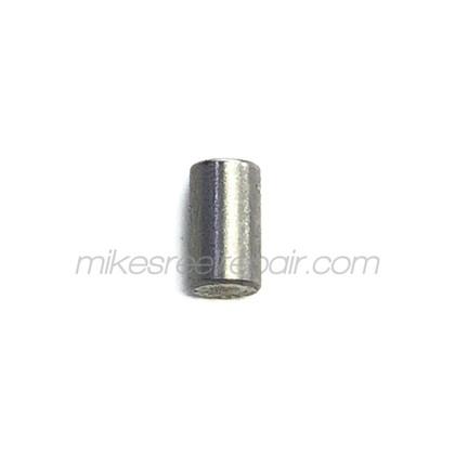 1389540 Hardy Push Pin