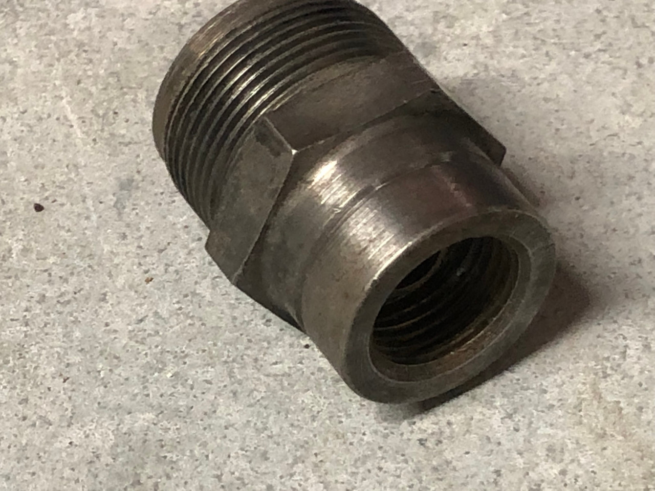 Fuel filter Housing, short, Used 72 and later